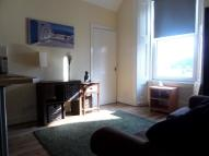 Flat to rent in Ramsay Place, Edinburgh...