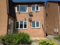 Ground Flat to rent in Aldergrove Place...