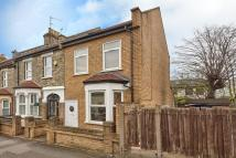 3 bed home in Kenilworth Avenue...