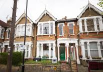 Terraced house in Cleveland Park Avenue...