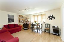 2 bed Apartment in Westbury Road, London