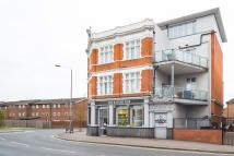 Apartment in Markhouse Road...