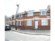 Flat to rent in Belsham Street, London...