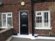 Maisonette to rent in LONDON ROAD, Barking...