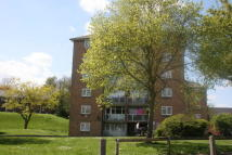 Flat to rent in Belson Road, Woolwich...