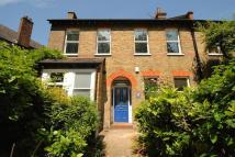2 bedroom Ground Flat in Hilly Fields Crescent...