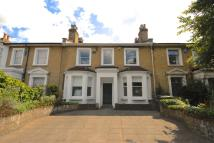 3 bed home for sale in Amersham Road, London...