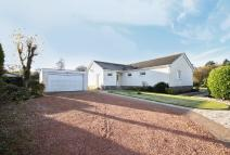 Detached Bungalow for sale in 8 Binny Park...
