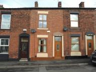 3 bed Terraced house in Throstle Bank...