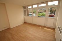3 bed Maisonette to rent in Glengall Road, London...