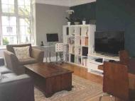 2 bed Flat to rent in Swains Lane...