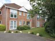 2 bed Flat in Penn Hill Avenue...