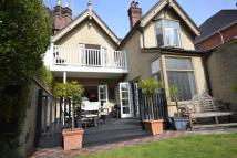 Western Road semi detached property to rent