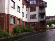 Apartment to rent in Water'S Edge Court, Rhu...