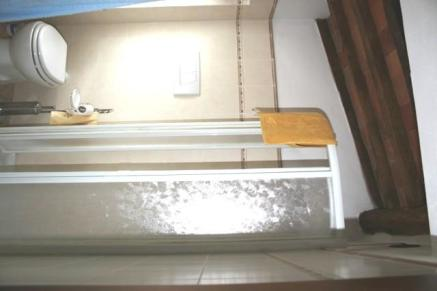 Bathroom upstair