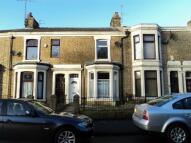 3 bed Terraced property to rent in Queens Road, Queens Park...