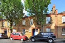 2 bedroom Apartment to rent in Canon Beck Road