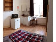 Studio apartment in benbow road