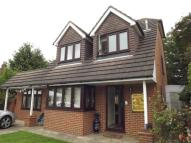 4 bed Detached home for sale in Target Close, Feltham