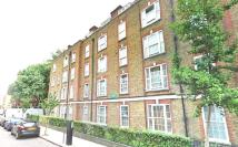 Flat to rent in Cranleigh Street, London...