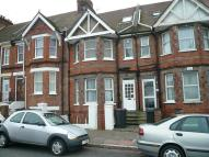 Studio flat in (HFF) Bourne Street...