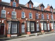 6 bed Terraced home in HESSLE PLACE, Leeds, LS6