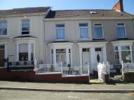 Terraced home to rent in Glevering Street...