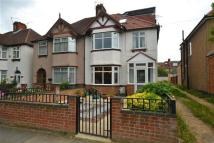 5 bed semi detached house in Syon Lane, Isleworth