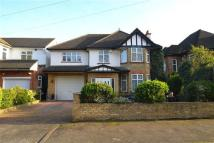 4 bedroom Detached house in Jersey Road, Osterley