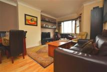 2 bedroom Apartment in West Court...