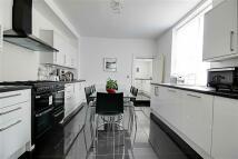 3 bed Terraced property in Westoe Road...