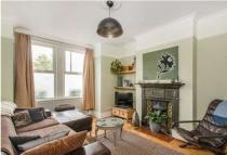 Flat to rent in Perry Rise, Forest Hill