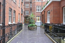 Flat to rent in ARTILLERY ROW, London...