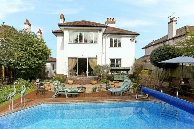 4 Bedroom Detached House For Sale In Edward Road Clevedon Bristol North Somerset Bs21 7dt Bs21