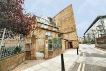2 bedroom Detached property in Chandlery House...