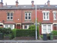 4 bedroom Terraced house in Meanwood Road
