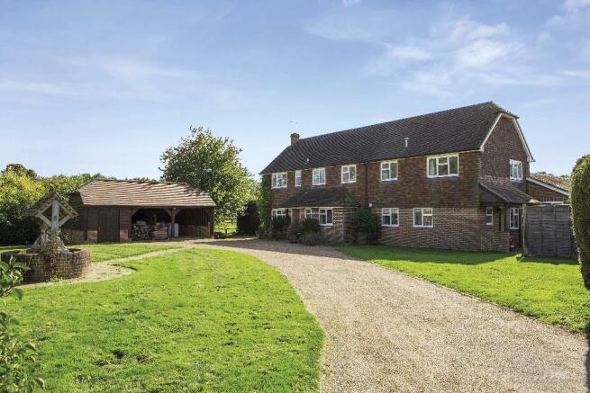Robins Farmhouse