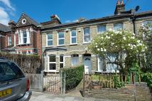 Beechcroft Road Terraced property to rent