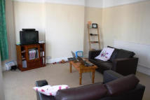 Flat in Whitchurch Road, Cardiff...