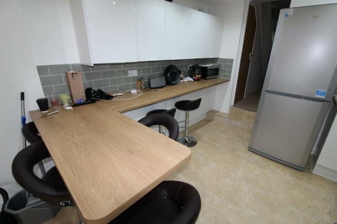 Kitchen area 1