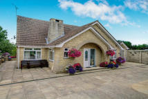 5 bed Detached Bungalow in Shilton Road...