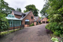 Beechwood Croft Detached property for sale
