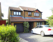 4 bed Detached house to rent in Lamden Way...