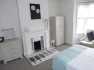 Studio apartment to rent in CAVERSHAM ROAD, Reading...