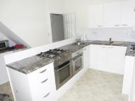 Studio flat to rent in PRINCE OF WALES AVENUE...