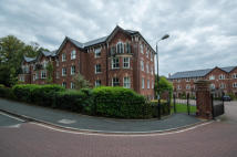 Apartment for sale in Greenmount Close, Bolton...