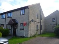 2 bed Flat in Knights Court, Frome...