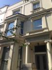 1 bed Flat to rent in Holland Road, W14