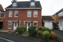 3 bed semi detached property in Marshall Close, Leicester