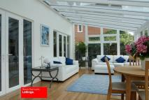 5 bedroom Detached property in Ambassador Square...